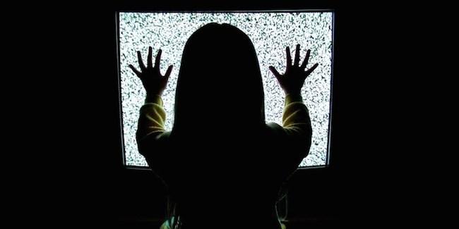 La-televisión-daña-el-esperma-iosmac