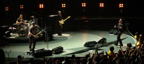 ¿U2 y el iPhone 6?