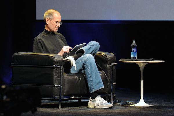 Steve_Jobs_at_Apple_iPad_Event