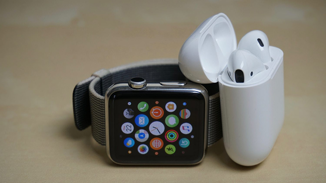 AirPods y Apple Watch