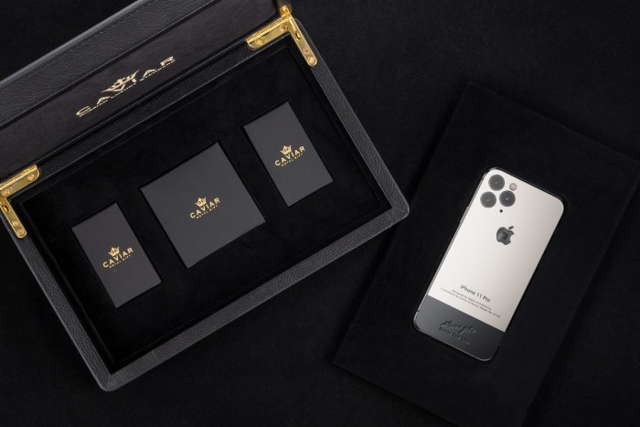 iPhone 11 Pro Max con tributo a Steve Jobs