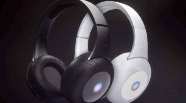 auriculares sobre la oreja de Apple