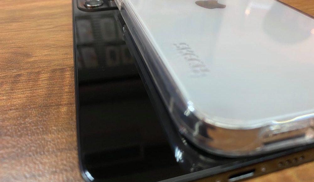 iPhone 12 negro piano