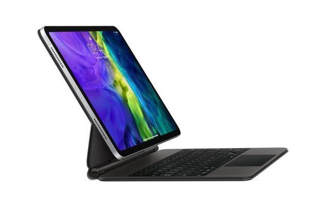 iPad Pro con Magic Keyboard iPadOS 15