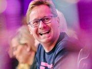 El CEO de T-Mobile pide perdón por la filtración de datos