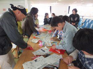 伊王島ふれアイランドで折り紙教室2