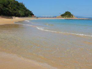 伊王島は透明度が高く、素晴らしい海です3