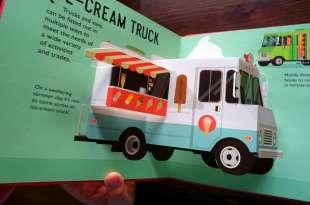 長男次子書單 Cars and Trucks立體書 英國紙雕大師打造10台夢幻立體車