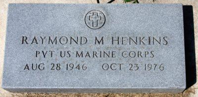 raymond-henkins-gravestone