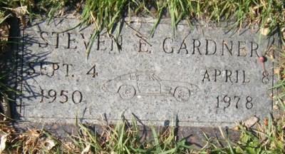 steven-gardner-gravestone