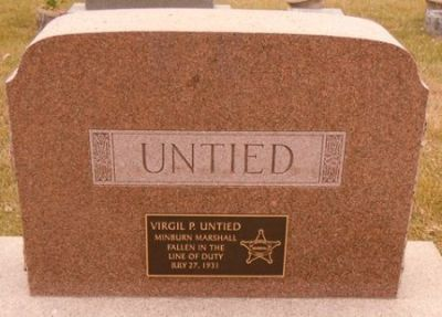 Virgil Untied gravestone