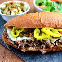 Crock Pot Italian Beef Sandwiches (Video)