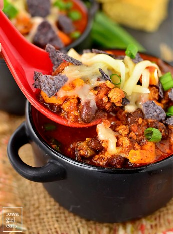 Sweet Potato, Poblano and Chorizo Chili is a southwest twist on classic chili with just the right amount of spice. Quick and easy to whip up, too! | iowagirleats.com