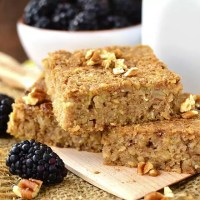 Maple-Cinnamon Oatmeal Breakfast Bars (Video)