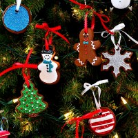 Easy Cinnamon Ornaments