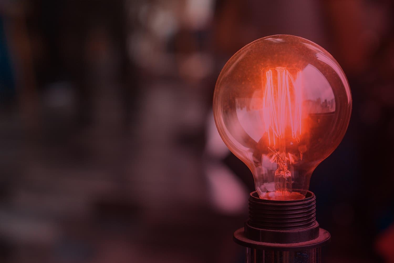 Zum Artikel Edge AI: Glühbirne