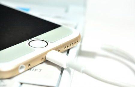 iphoneアクセサリ