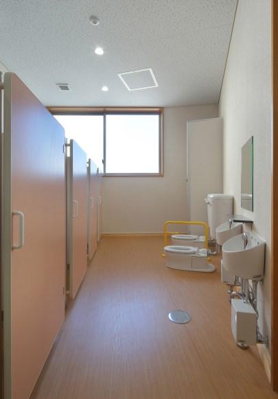 28 トイレ