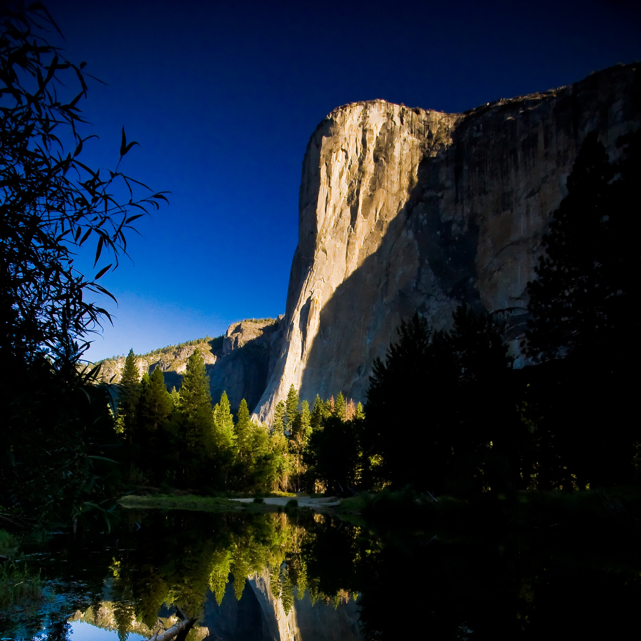 Yosemite National Park At Sunrise IPad Wallpaper