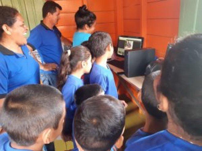 Infocentro no Assentamento Cristalino II — Foto: Denise Nascimento/IPAM