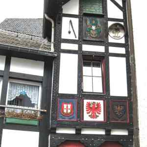 Complete travel guide of Blankenheim, Germany, Eifel valley, Ahr valley, the castle of Blankenheim, the spring of Ahr, half-timbered house, coat-of-arms