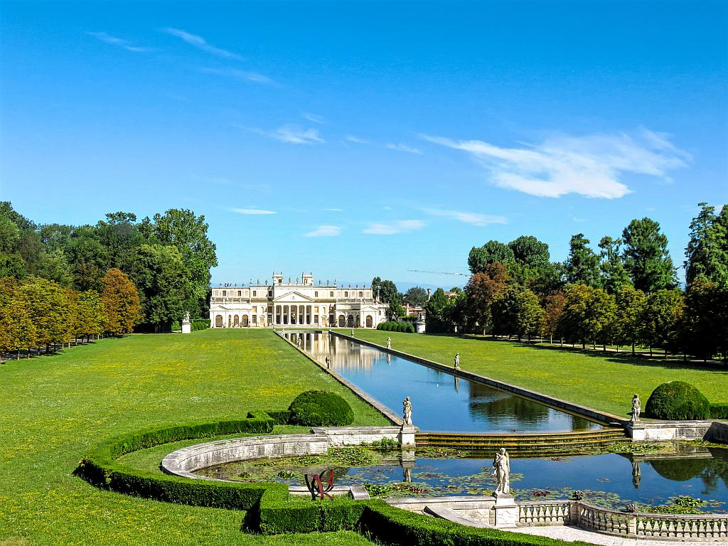 Brenta canal cruise, day trips from Venice Italy, excursions from Venice Italy, Venetian villas, day trips from Padua Italy