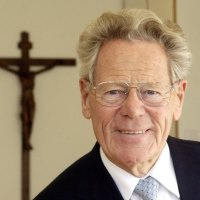 Umro svećenik i teolog Hans Küng