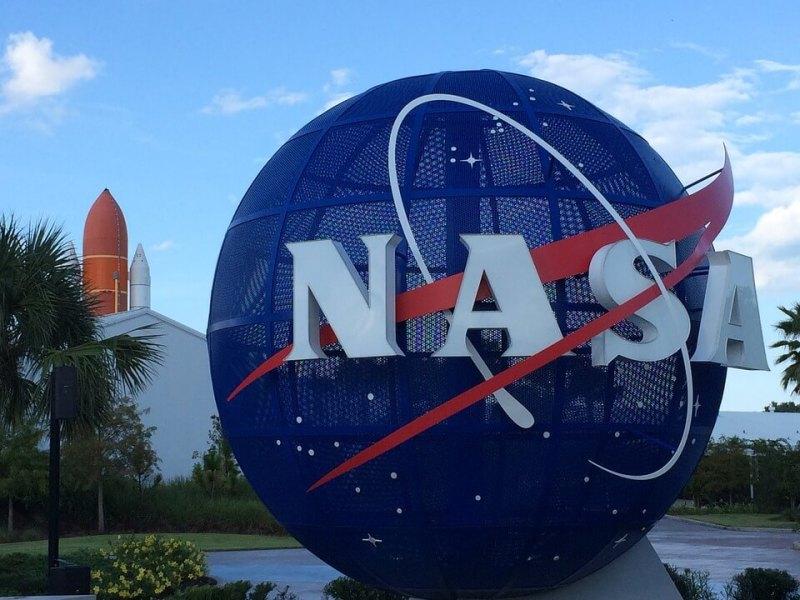 Ingresso del Kennedy Space Center Visitor Complex, una delle principali attrazioni della Florida