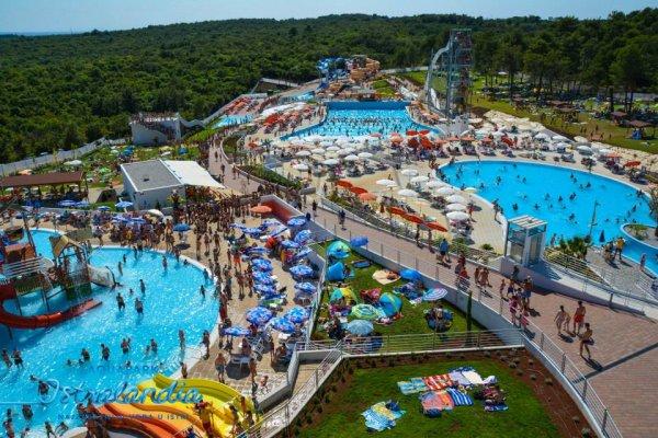 Il parco acquatico Aquapark Istralandia a Novigrad in Croazia