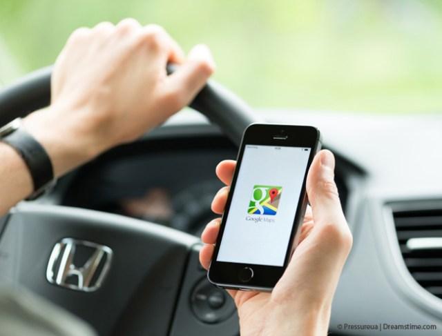 Google Maps im Auto © Pressureua | Dreamstime.com