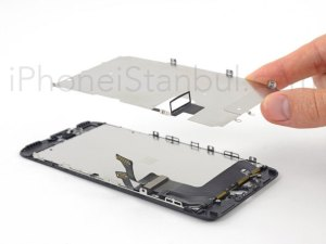 iPhone-7-Plus-Ekrani