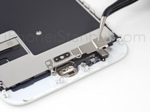iPhone-8-Kirik-Ekran-degisimi