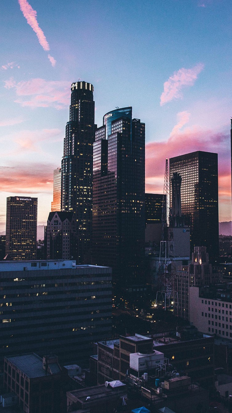 See the best free download macbook aesthetic desktop wallpapers collection. Los-Angles-Sunset-iPhone-Wallpaper - iPhone Wallpapers