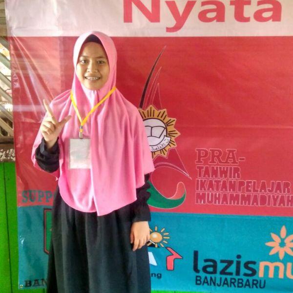 Si Kecil Firah, Finalis Duta Sanitasi Suntikan Motivasi Literacy Camp