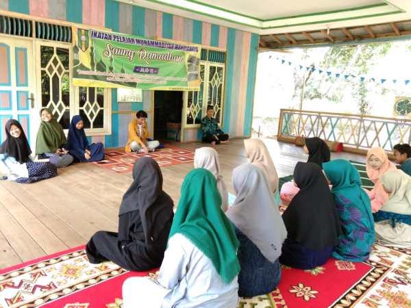 Saung Ramadan, PC IPM Mandiangin Cetak Pelajar Berjiwa Qur'ani