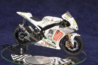Yamaha YZR-M1 photo by JohnTapsell
