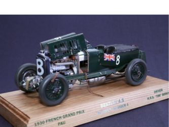 2015 Best Civilian Vehicle, Airfix Trophy -  & Airbrush Heaven Award - Class 48  Bentley Blower by Peter Buckingham