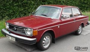1974 Volvo 142  Car Photo and Specs