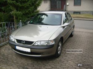1996 Opel Vectra B 16 16V  Car Photo and Specs