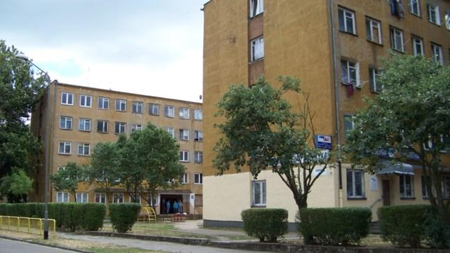 Budynki przy ul. Bankowej 20 i 22 w Policach, które będą ocieplane