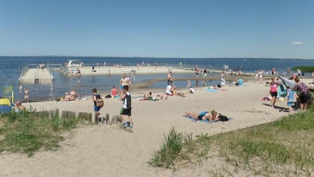 plaża w Trzebieży nad Zalewem Szczecińskim