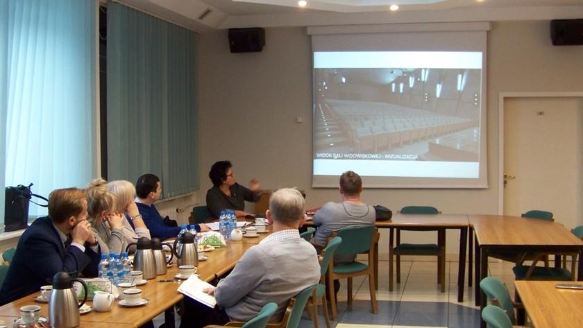 komisja infrastruktury na posiedzeniu w MOK