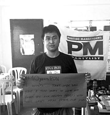 Dino Diaz has been active with Partido Manggagawan (PM) Negros since his youth. IPON has first met Dino as community organizer assigned to the Hacienda Salud Farmworkers Association (HASAFAWA). As such he followed Rolando Panggo, who was murdered due to his activism for HASAFAWA in 2014. IPON is working on both the HASAFAWA and the Panggo case.