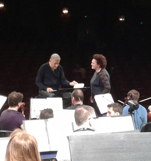 Zubin rehearsing with Mezzo Violetta Urmana