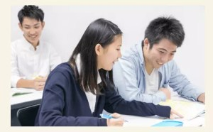 ASO高等部は少人数クラス授業の画像