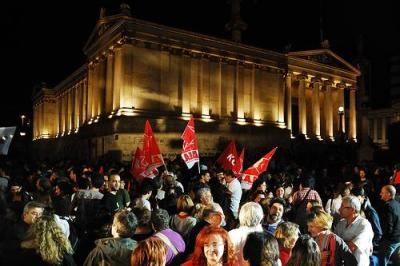 The metoric rise of the radical anti-austerity Syriza coalition was not enough to win the Greek elections. (Photo: Adolfo Cuartero/Flickr)
