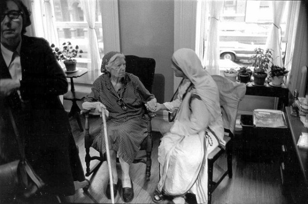 Dorothy Day and Mother Teresa (Photo by Jim Forest/Flickr)