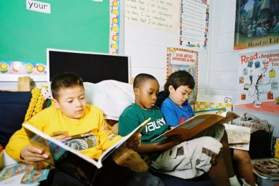 education-classroom-teachers-wages