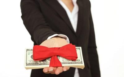 billionaire mackenzie bezos giving pledge