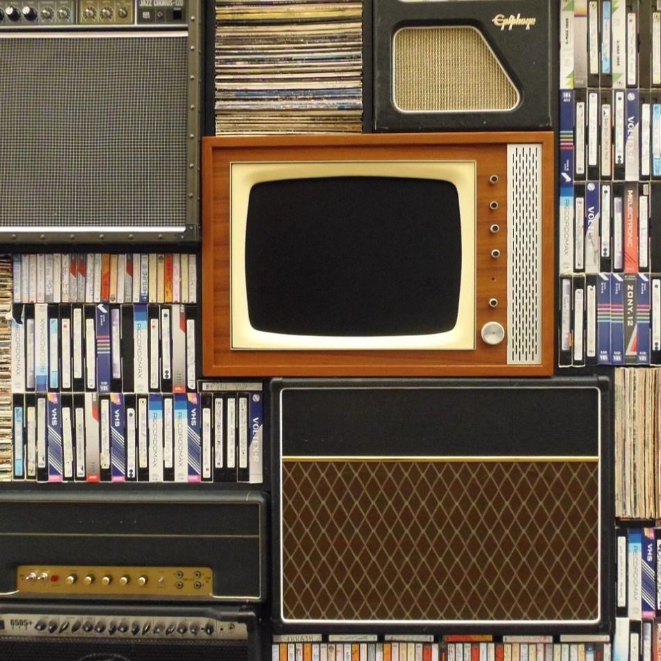 Aesthetic, books, tv, retro